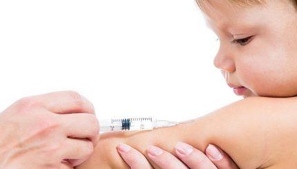 چه کنیم تا کودک هنگام واکسن زدن آرام باشد 1 430x245 - جدول واکسن نوزاد، ترتیب را بدانید