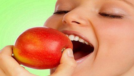 apples health benefits2 430x245 - میوه خوردن در شیردهی، چی بخورم؟